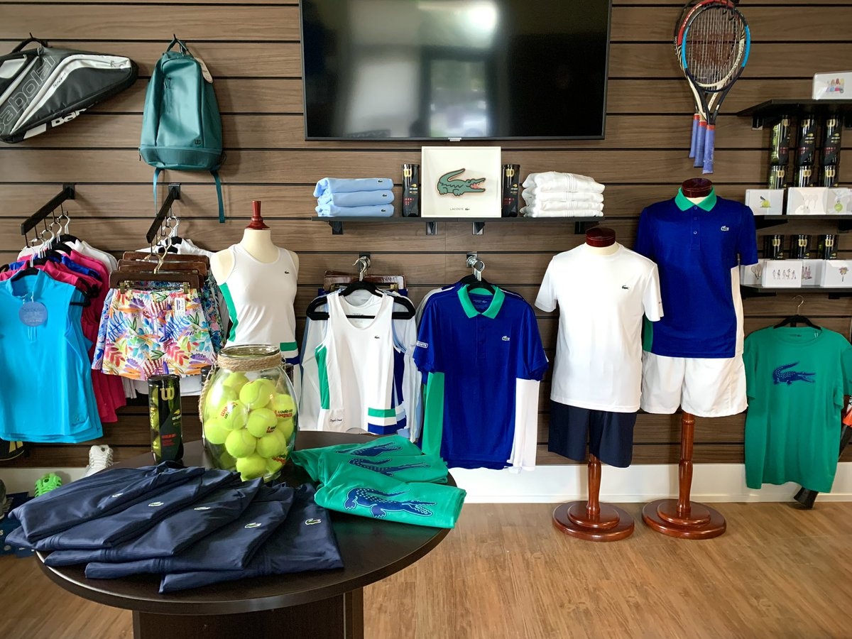 🐊 A new addition to the Tennis Shop: @LACOSTE    Unique, casual & luxury, all in one brand.  #lacoste #tennis #tennismerch #LOVELacoste #naples #florida #TeamLacoste https://t.co/sE5HfeSsT6
