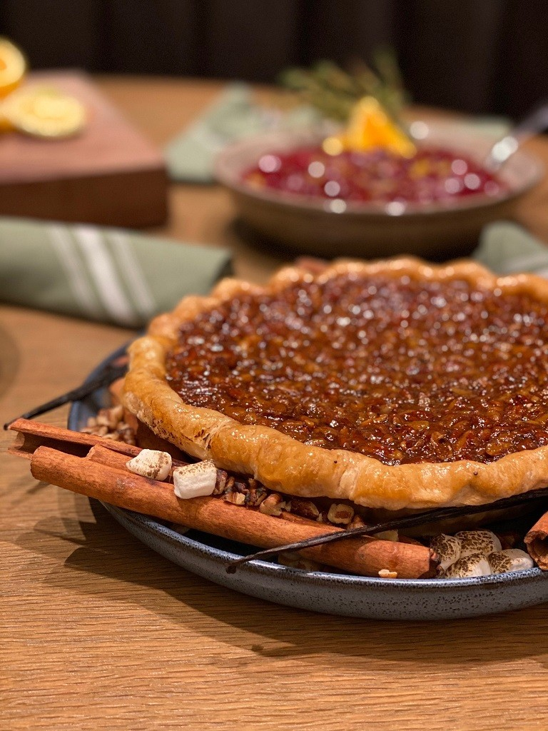 Don't feel like cooking this #Thanksgiving? #Tributary at San Antonio #MarriottRivercenter Offers Thanksgiving Feast #ToGo. #stayhome #letthemcook #saftyfirst