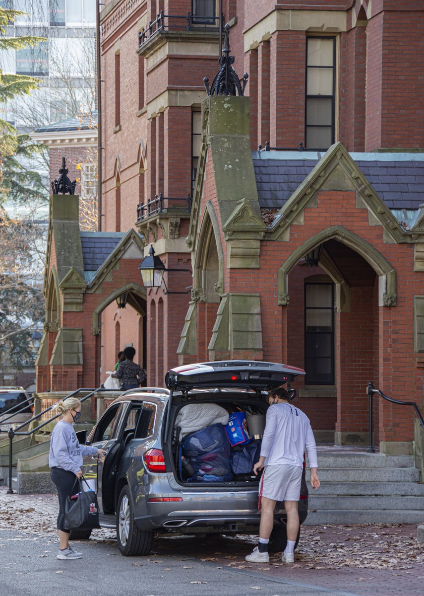 After a very different fall semester, students are packing up and leaving campus.   Photos by Vlad Ivanchuk