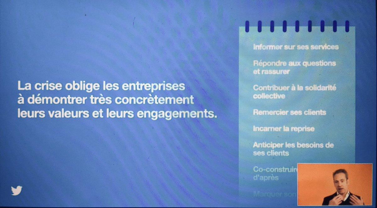 Les #entreprises s'adaptent à un besoin de transparence de plus en plus important >> @TwitterFrance @Viuzfr @damienviel #marketingremix  #Conference #reconnection #event #replay #seminairetwitter  @camillejourdain
