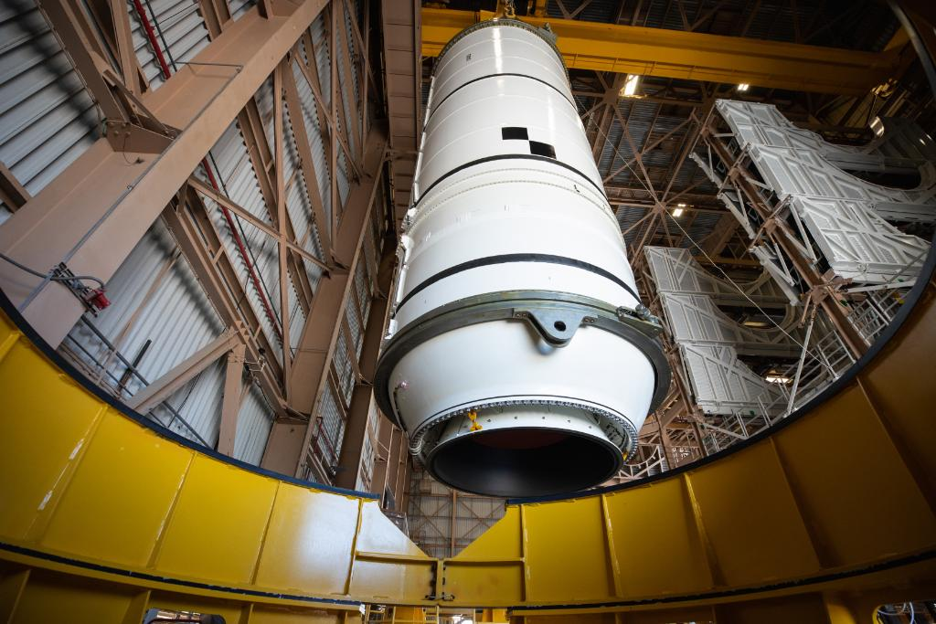 The boosters are the first parts of the SLS rocket to be assembled on the mobile launcher ahead of launch. Later this month, booster segments will be moved to the Vehicle Assembly Building at @NASAKennedy.   DETAILS FOR INTERESTED MEDIA >>