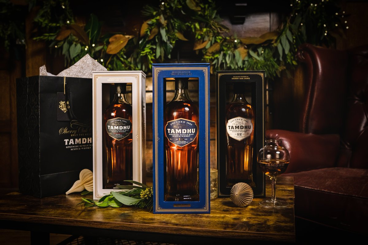 Tamdhu Christmas Gift Packs now available. Includes:  · Free, Victorian-era nosing glass · Your chosen bottle of Tamdhu · Luxury gifting bag & handwritten gift tag (complete your details when purchasing) · Only the best will do at Christmas.🎄  Order now: https://t.co/hvmalgnYph https://t.co/vNkiDH94w4