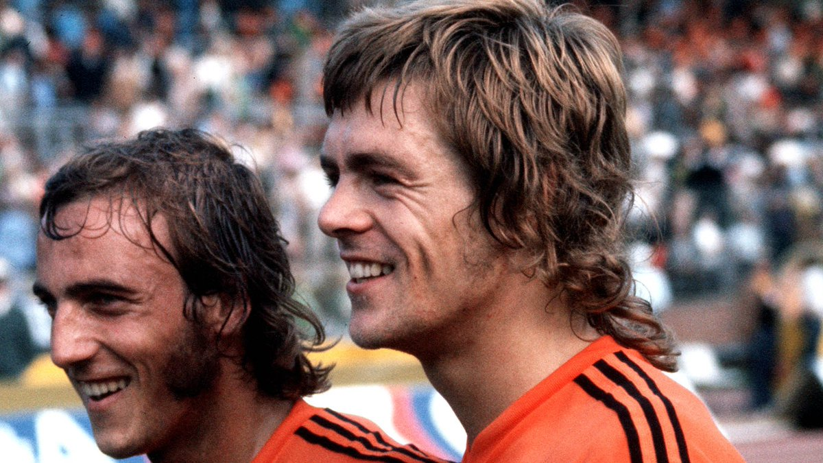 🥇 Johnny Rep (7 goals) 🥈 Dennis Bergkamp (6) 🥈 Rob Rensenbrink (6) 🥈 @ArjenRobben (6) 🥈 @sneijder101010 🥈 @Persie_Official (6)  🎂 Happy 69th birthday to @OnsOranje's top #WorldCup scorer & one of the most thrilling players the nation of 'Total Football' has ever produced