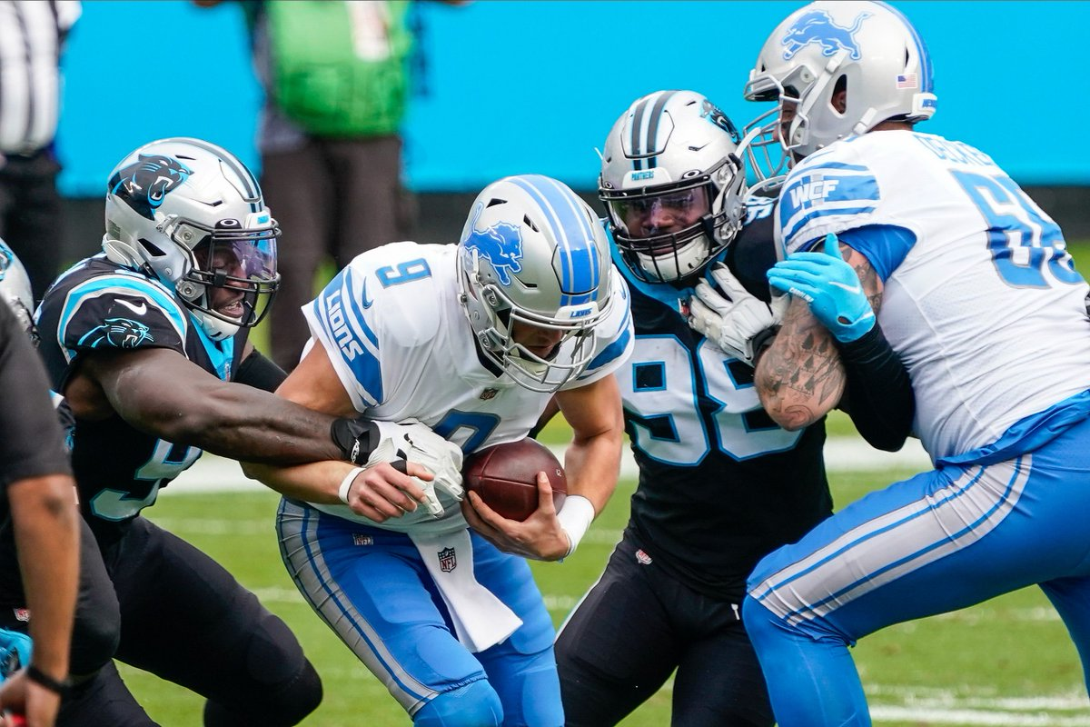 What that bear's doing: #Panthers vs #Lions lineman of the week; Brian Burns is the arachnid that all humans fear. by @Tater596 https://t.co/vdhR6MAxl6 https://t.co/ycIUIYfnD4