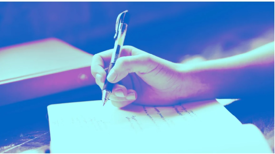For those of us who spend most days in front of a computer, writing by hand can have refreshing benefits 😮 ow.ly/kv2d30rlwpA