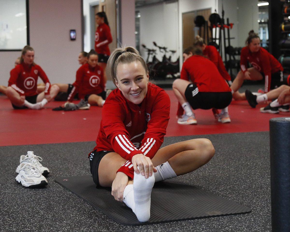 Training day 1 ✅  😄 o gwmpas y cae ymarfer!  #BeFootball | #TogetherStronger