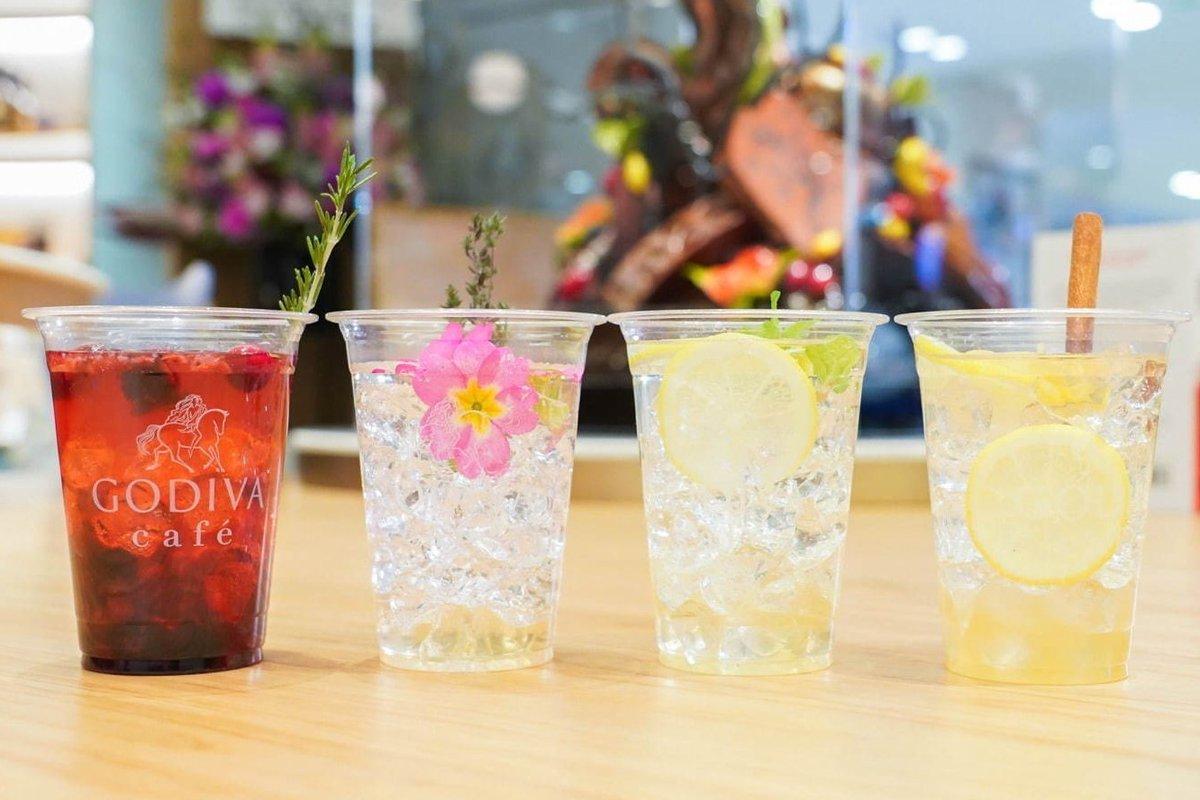 [明日オープン] 日本初「ゴディバ カフェ」が東京駅にオープン、こだわりチョコドリンク&カラフル食事メニュー -