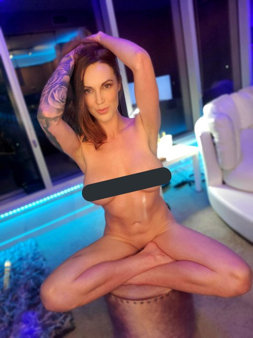 Link in bio!   Rts appreciated  @cafreviews_com @caf_rt @Bspectacular4 https://t.co/ckirJReKfd