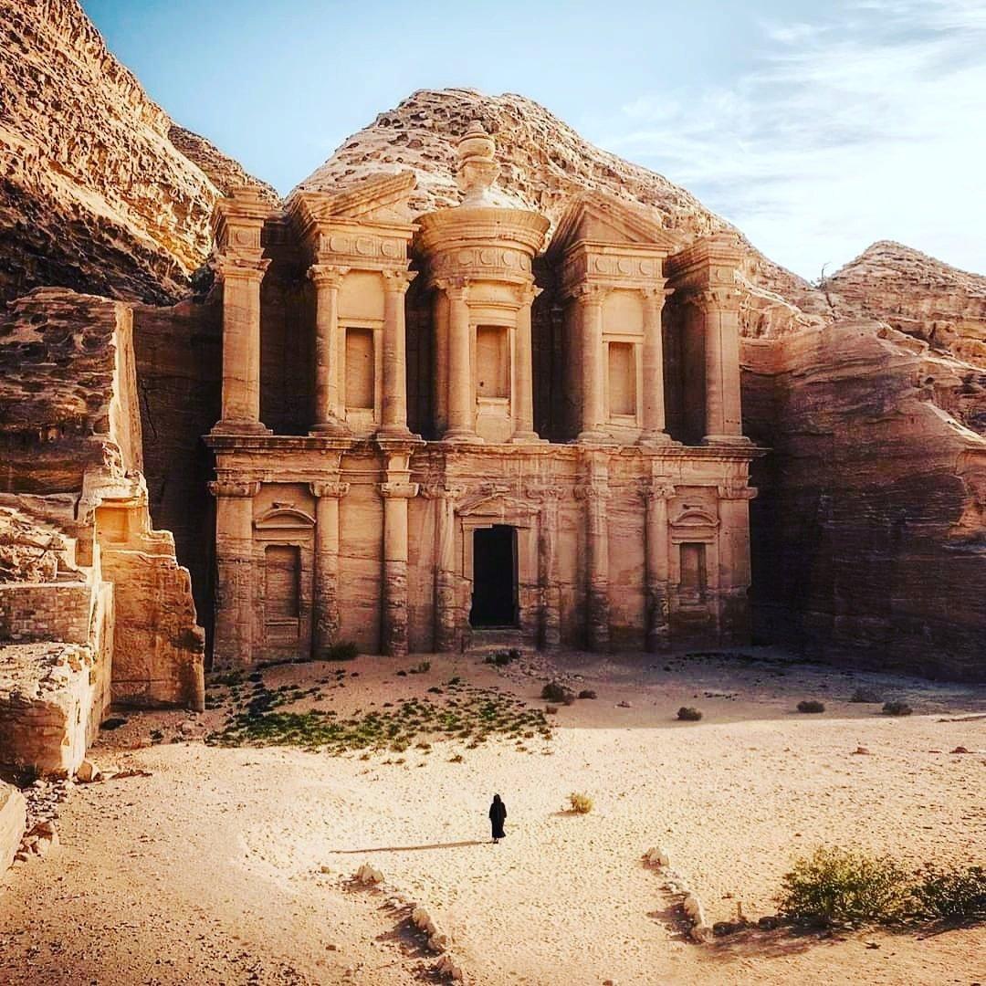 #Petra. #Jordan.  #exploreegyptwithessam  #travel #travelcouple #travelcommunity #travelcaptures #travelcouples #travelcapture #travelcreatives #travelchannel #travelconsultant #travelclub #travelingcouples #travelcase #travelingcouple #travelcity #coupletravel