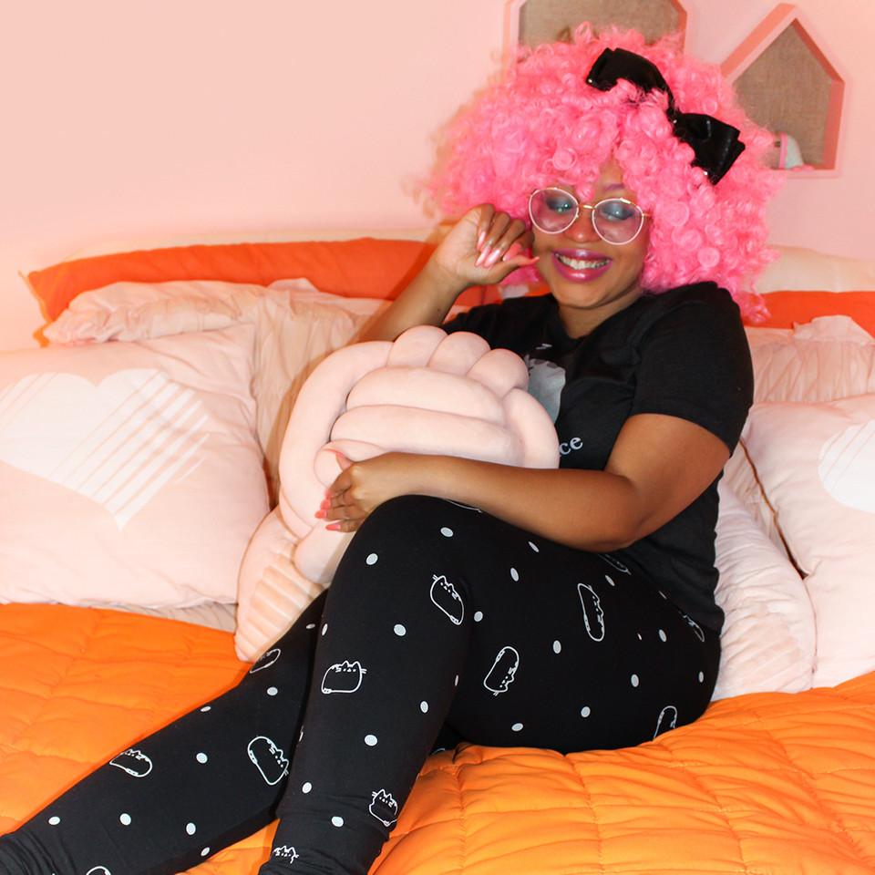 @jadedisland has all the comfy #Pusheen essentials for a cozy winter indoors! 💕i bit.ly/33hrFEe