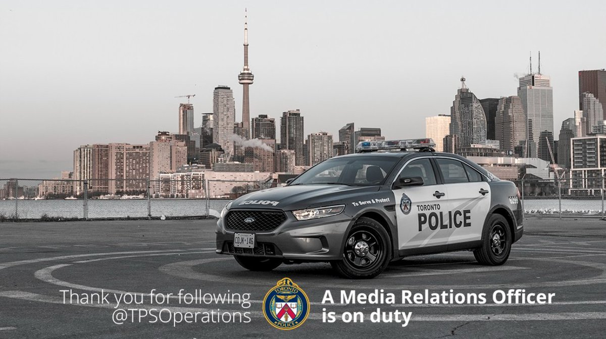 Good afternoon #Toronto!! Officer Alex @CopWhoLovesCars is now on duty, and will be delivering todays police news!! ^al