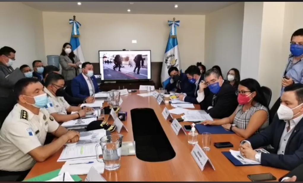 test Twitter Media - En una nueva citación del Ministro de Gobernación, Gendri Reyes, así como el director de la Policía Nacional Civil, ante la Bancada Semilla, se aborda nuevamente el tema de los abusos que se cometieron durante la manifestación del 21 de noviembre pasado. https://t.co/liHI8ZNACN