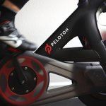 Image for the Tweet beginning: Peloton customers are canceling their