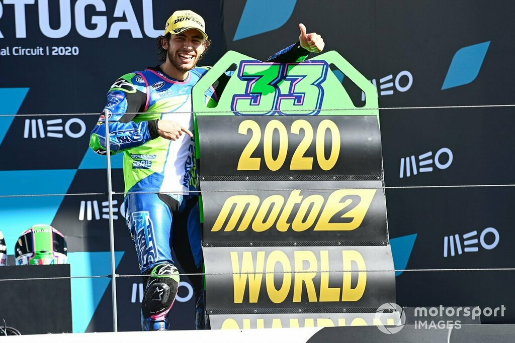 Moto 2 - GP Portugal: Mundial para Enea Bastianini y victoria para Remy Gardner https://t.co/PU6mzNCZ7N https://t.co/qEEP4QNDSk