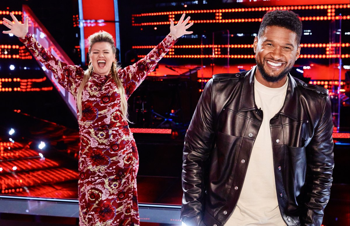 If y'all ever get a chance to photobomb @Usher... I highly suggest you do it 😂😂 #TeamKelly #TheVoice