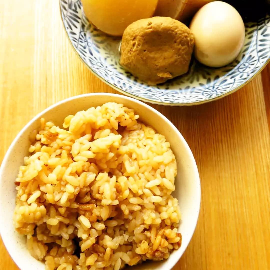 クックパッドで公開中の私のレシピをご紹介♪☺おでんに☆醤油で簡単♪美味しい茶飯☺ by hirokohお子さんにも食べやすい醤油を使った茶飯です🍢#料理好きな人と繋がりたい#Twitter家庭料理部 #お腹ペコリン部#おうちごはん #クックパッド#cookpad #YouTube #おでん