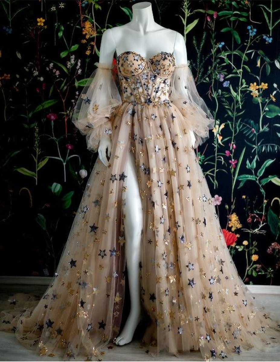 Replying to @ZENIKWONDER: I'll sell one of my lungs for one of these dresses omg theyre beautiful