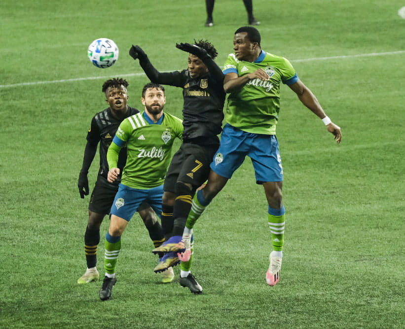 Sounders still in the dance after a hard-fought win over LAFC. Photo via @Jake_Tull. #Sounders #SEAvLAFC
