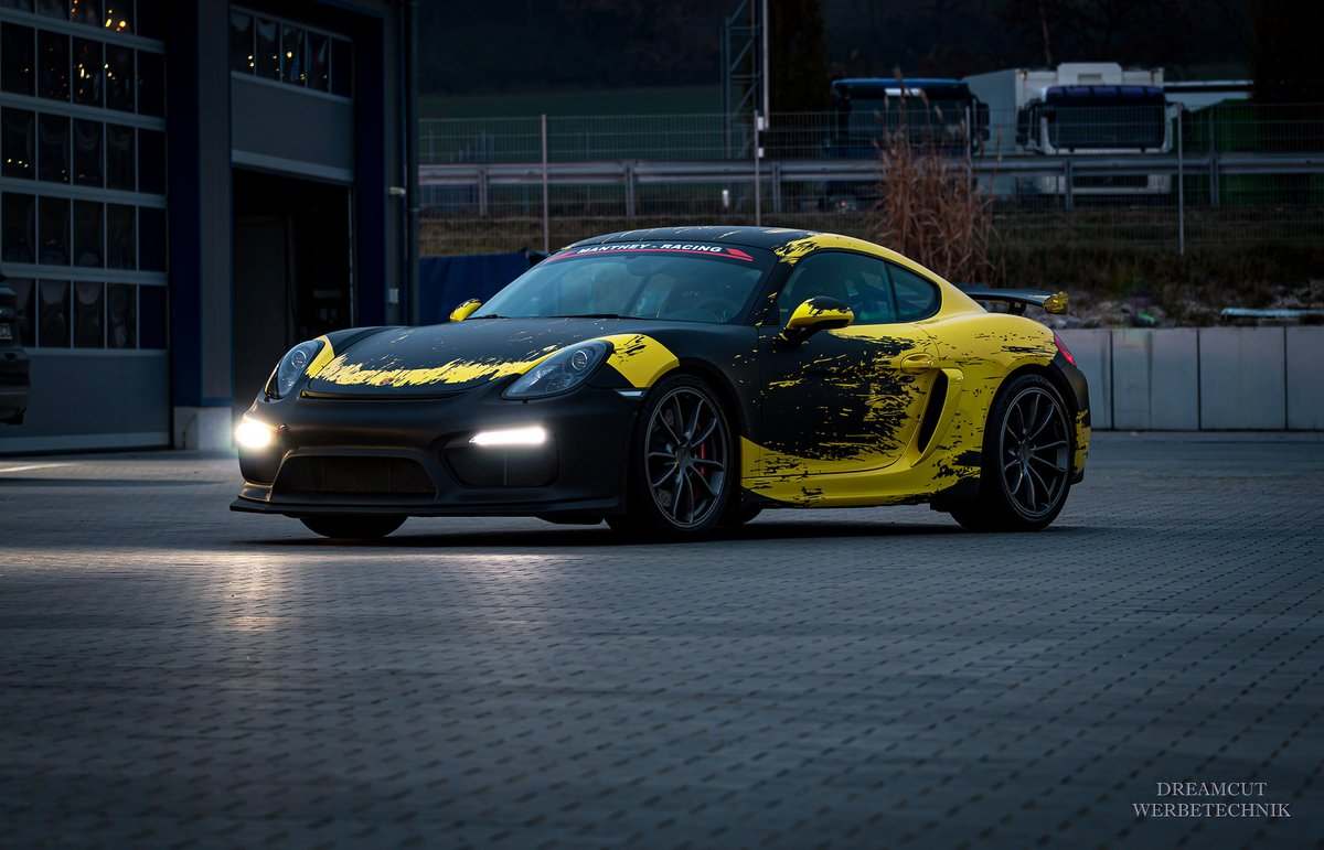 💥 Porsche 718 GT4  💥 Wrapped: DreamcutWerbetechnik  Design by https://t.co/LiaFFV4l6o #ttstudioru #porsche #porsche #porsche718 #cayman #gt4 #spray #motorsport #livery #liverydesign #race #racecar #racedesign #wrapped #carwrap #wrap #folie #foliedesign #foliecardesign #carfolie https://t.co/mpkuqFNgNo
