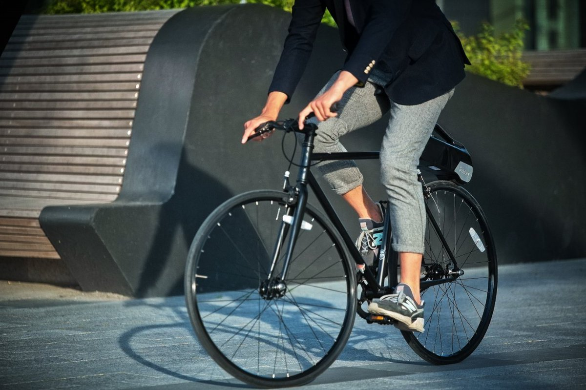Don't let city traffic slow You down. Feel unstoppable with Rubbee X 🚴⚡  #rubbee #ebike #electricbike #electricmobility #ElectricVehicles https://t.co/x783q0Qe1C