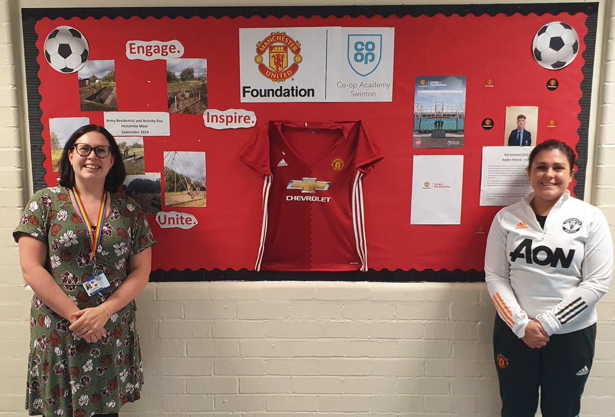 Congratulations to Emma (left) who has received the #PLInspires award as part of the #PLCF10yearwards! 👏  Emma helped to facilitate the winning entry to the @premierleague Enterprise Challenge back in 2016.🥇  @PLCommunities
