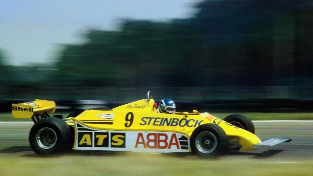 #HappyBirthday Karl Edward Tommy (aka Slim) Borgudd, 74, one-time jazz drummer, mate of Björn Ulvæus, & therefore sponsored by #Abba in #F1 (pic: '81 ATS HGS1). The winner takes it all, sang Abba, but Borgudd started only 10 GPs, his best result 6th at Silverstone in '81. https://t.co/NWYLiXiK0d