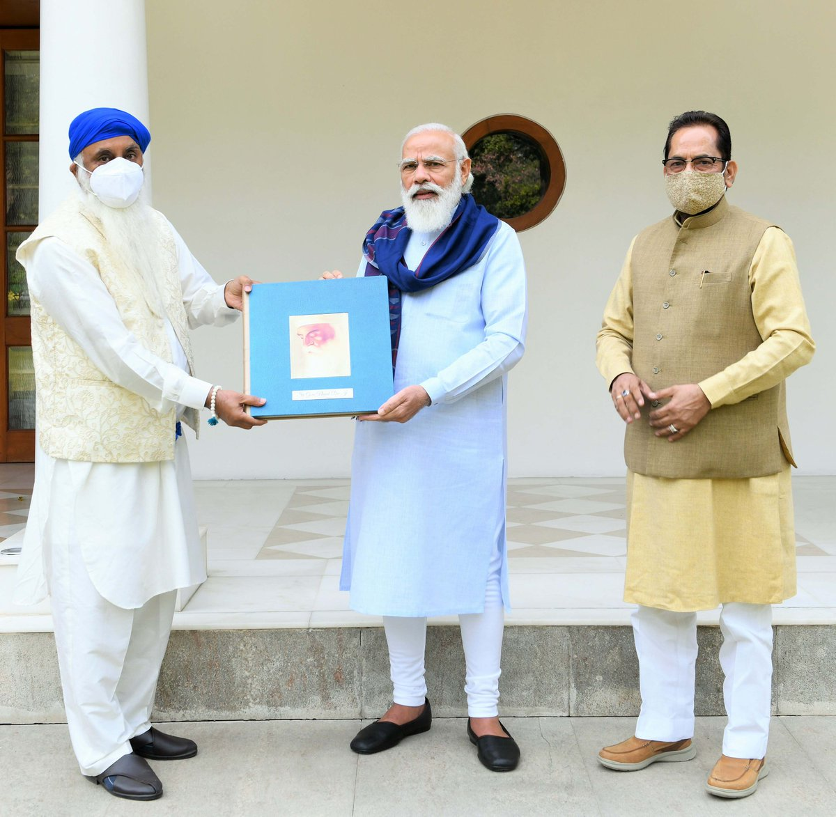 Released a book on the life and ideals of Sri Guru Nanak Dev Ji. The book has been penned by Kirpal Singh Ji, who is based in Chandigarh.