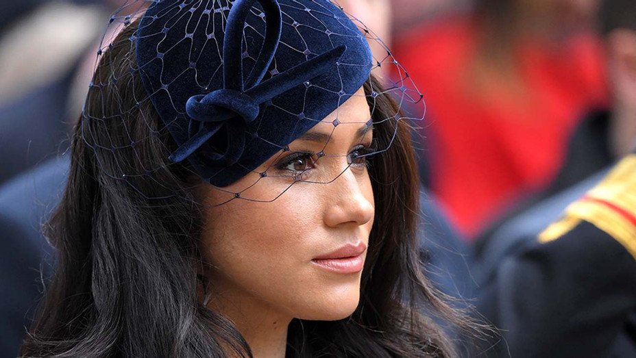 Meghan Markle reveals that she suffered a miscarriage in July, giving a startlingly intimate account of her experience with the hope of helping others