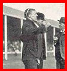 #rugby history Died today 25/11 in 1965 : Vincent Cartwright (England) rugby v Ireland in 1903, 1905, 1906 https://t.co/aG2IwX0wTU https://t.co/wbYUioCOSW