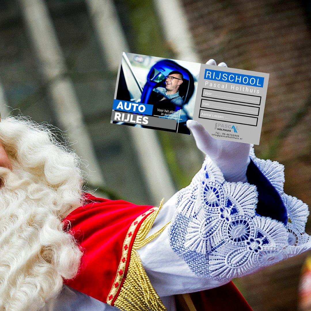test Twitter Media - Cadeautip! 🎁 Sinterklaas is in het land en heeft een lijstje in zijn hand. Een cadeaubon bij Rijschool Pascal Holthuis, wat een leuk idee! Daar kan de Sint iets mee. Dit helpt je toch zeker door de laatste rijlessen heen? 👀 #cadeaubon #cadeautip #rijschool #Apeldoorn https://t.co/CfzzGubfNY