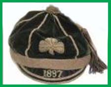 #rugby history Born today 25/11 in 1864 : Joseph Chambers (Ireland) rugby v England in 1886, 1887 https://t.co/ym7nWZI8aa https://t.co/c21HNxKkTk