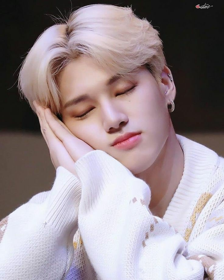 Happy birthday to @ATEEZofficial beautiful Angel, to the person that makes Atiny laugh a lot, wooyoung 🥺💖   #우영아_태어나줘서_Gracias #BornToBeLovedWooyoungDay