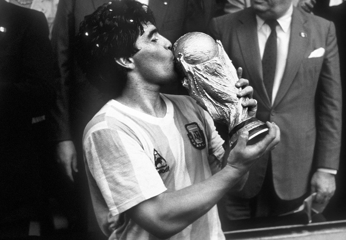 Soccer feels orphaned today as one of its greatest legends Diego Maradona bids the world farewell.  Played four world cups, earned golden ball, that flamboyance, that game - was all legendary  #Maradona #Maradona  #RIP  #wednesdaythought