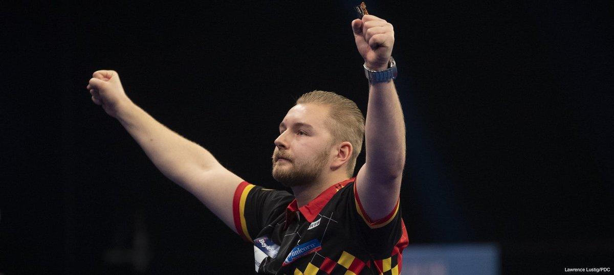 Van den Bergh leads top 10 highest averages during 2020 Grand Slam of Darts https://t.co/akM5vON7As https://t.co/nDLmn5UtQ6