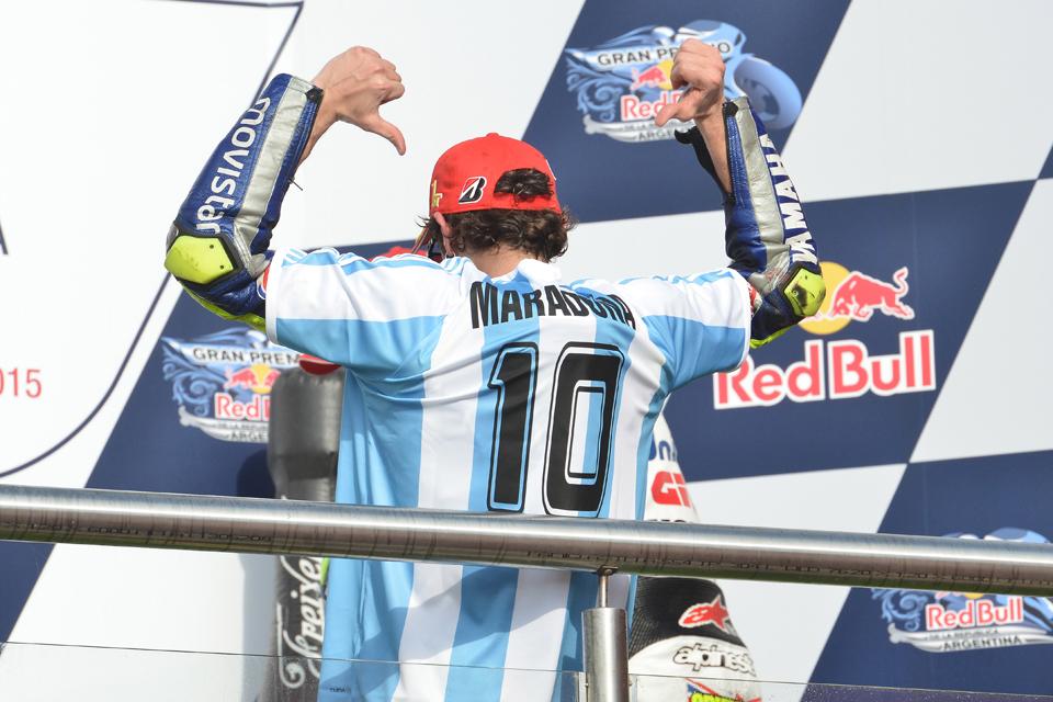 #ArgentinaGP @motogp 🇦🇷 2015 @ValeYellow46   RIP Maradona, legend of sports. https://t.co/YqhQt2z5it