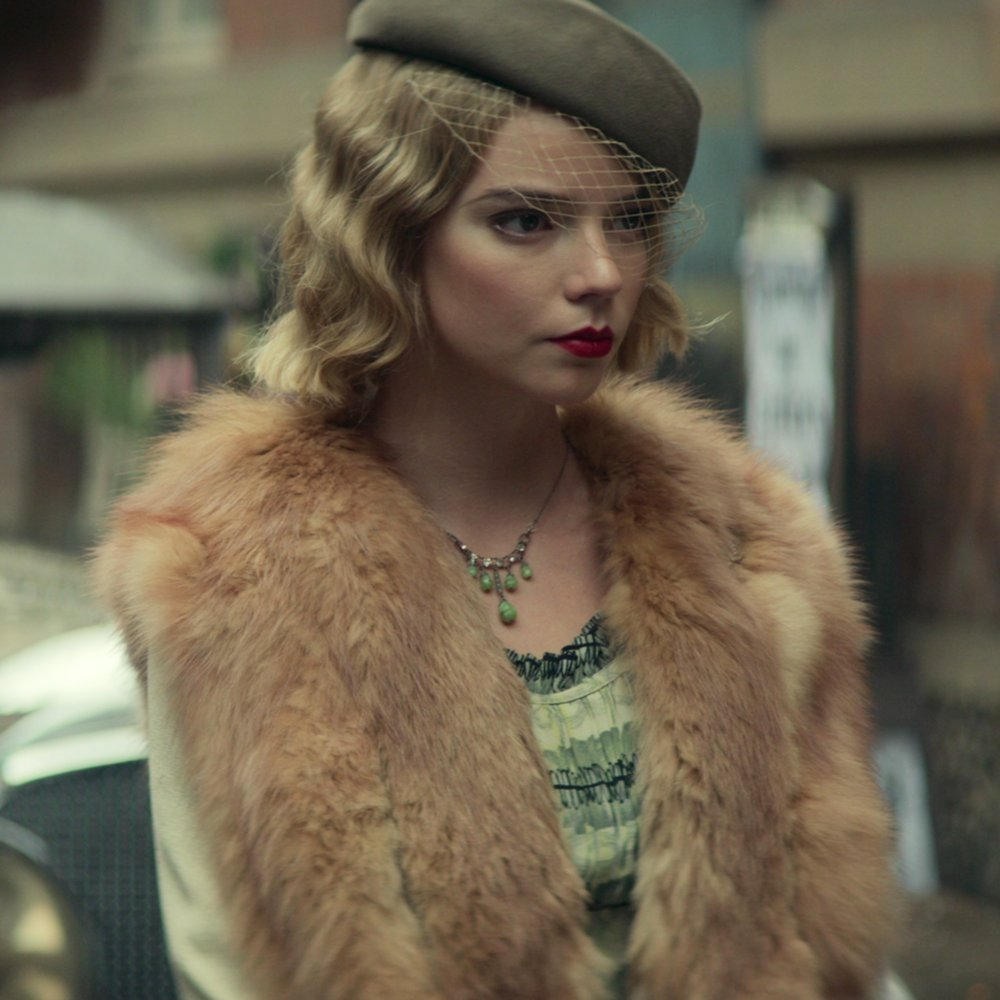 Replying to @contodonetflix: If you need more @anyataylorjoy in exquisite period fashions, Peaky Blinders S5 is the move.