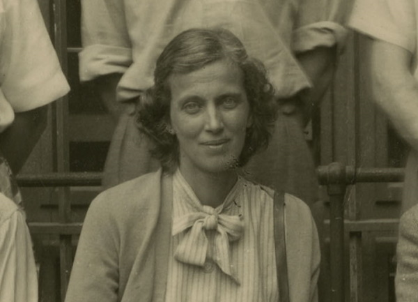 With the @NobelPrize award ceremonies taking place soon & Fellows of the Royal Society among the awardees, explore some of the Nobel Prize certificates in our archives. Below is that of Dorothy Crowfoot Hodgkin, winner of the 1964 Nobel Prize in Chemistry.