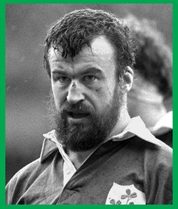 #rugby history Born today 25/11 in 1950 : Mick Fitzpatrick (Ireland) rugby v England in 1981 https://t.co/aG2IwX0wTU https://t.co/aCDbOnjjSs