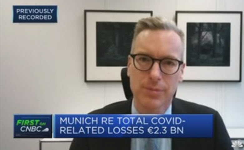 Our CFO Christoph Jurecka discusses on @CNBC Munich Re's third-quarter earnings and the impact of the #coronavirus #pandemic on the insurance sector: https://t.co/9munQRdWGl. 📊  #MunichRe https://t.co/P5Gigk8Eqy
