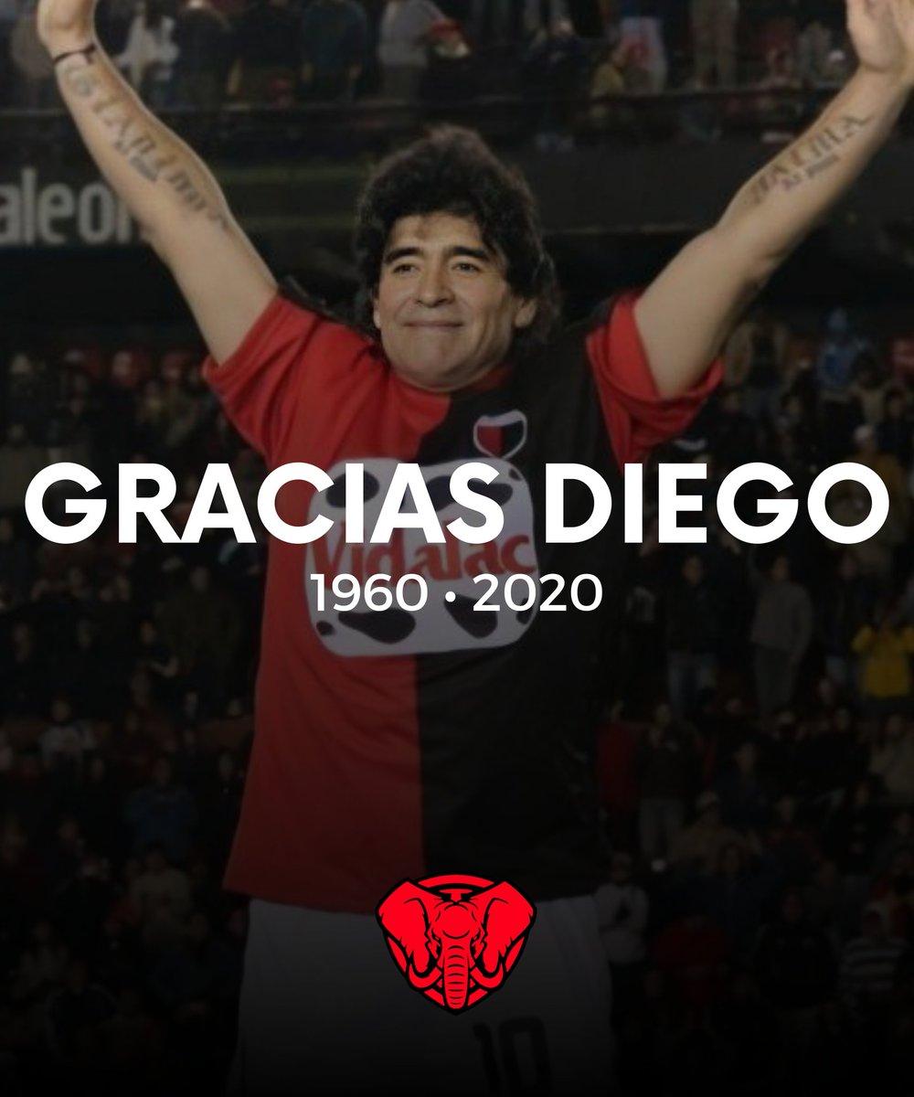 Tuvimos el privilegio de tener al mejor jugador de la historia del Fútbol en nuestra casa y con nuestra camiseta. Gracias Diego. Descansa en Paz. https://t.co/FmXwztbDOE