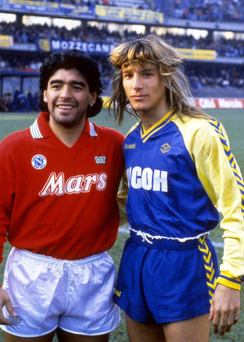 Riposa in pace, infinito Campione. Un onore aver battagliato tante volte sul campo, il tuo regno. #HVFC #Maradona