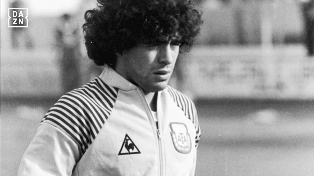 😢 Ruhe in Frieden, Diego #Maradona. ❤️