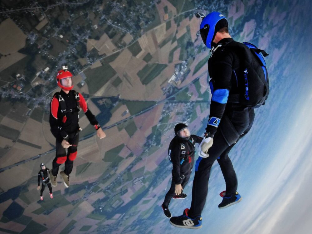 Become Part Of The Clouds When You Learn To Skydive - https://t.co/75T4NhMK4M #DILLIGAF #adventure #extreme https://t.co/S7KdgPt1Gb