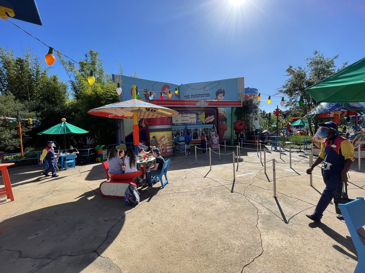 Woody's Lunch Box has reopened today in Toy Story Land at Disney's Hollywood Studios. #WDW #ToyStory25