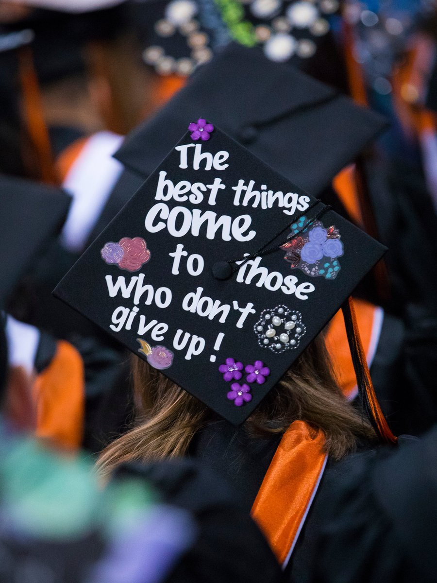 "Today is #GivingTuesday! 🎁  Help #WPUNJ seniors who are experiencing an unexpected financial hardship reach their goal of graduating through ""The Last Mile Fund."" 🎓  To give a gift:"