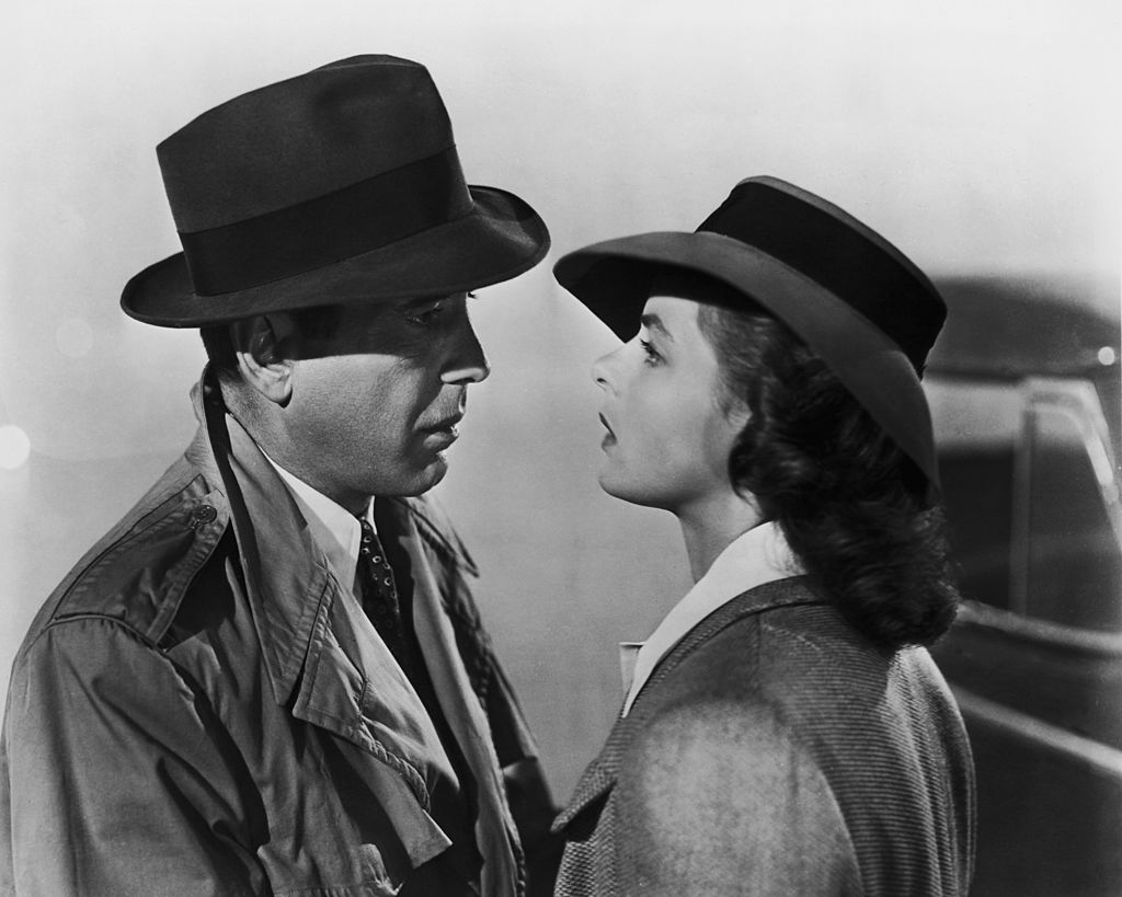 """TODAY IN HISTORY: On November 26, 1942, """"Casablanca"""" directed by Michael Curtiz and starring Humphrey Bogart and Ingrid Bergman premiered in New York. #TodayInHistory #Casablanca #HumphreyBogard #IngridBergman #entertainment  Photo: Popperfoto/Getty Images https://t.co/R0ST0soHU8"""