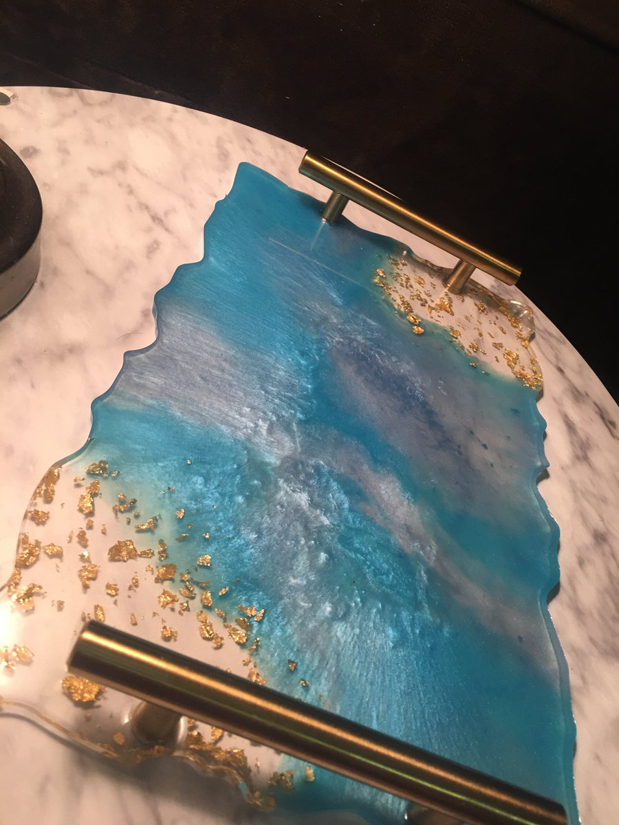 """This beautiful blue and gold tray is now available in the shop 💙  The tray is 12"""" x 7.5""""  Find it here:   #etsy #handmade #etsygifts #etsyshop #etsyseller #supportsmallbusiness #resinart #resinartist #resintray #art #shopsmall"""