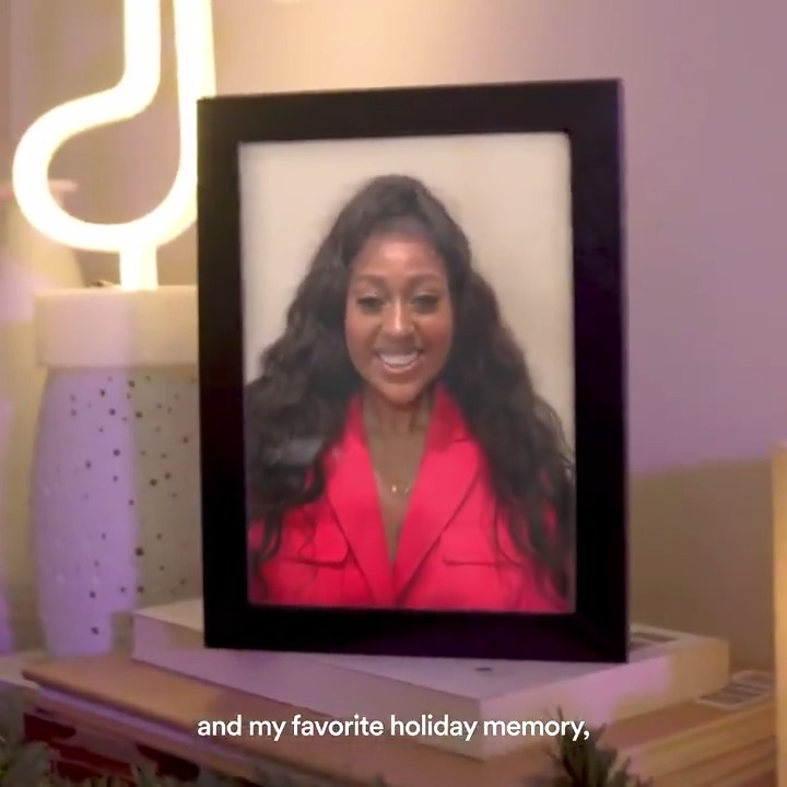 'Tis the season for nostalgia with @jsullivanmusic 🥰  Make a new memory of your own with our Spotify Singles: Holiday Collection