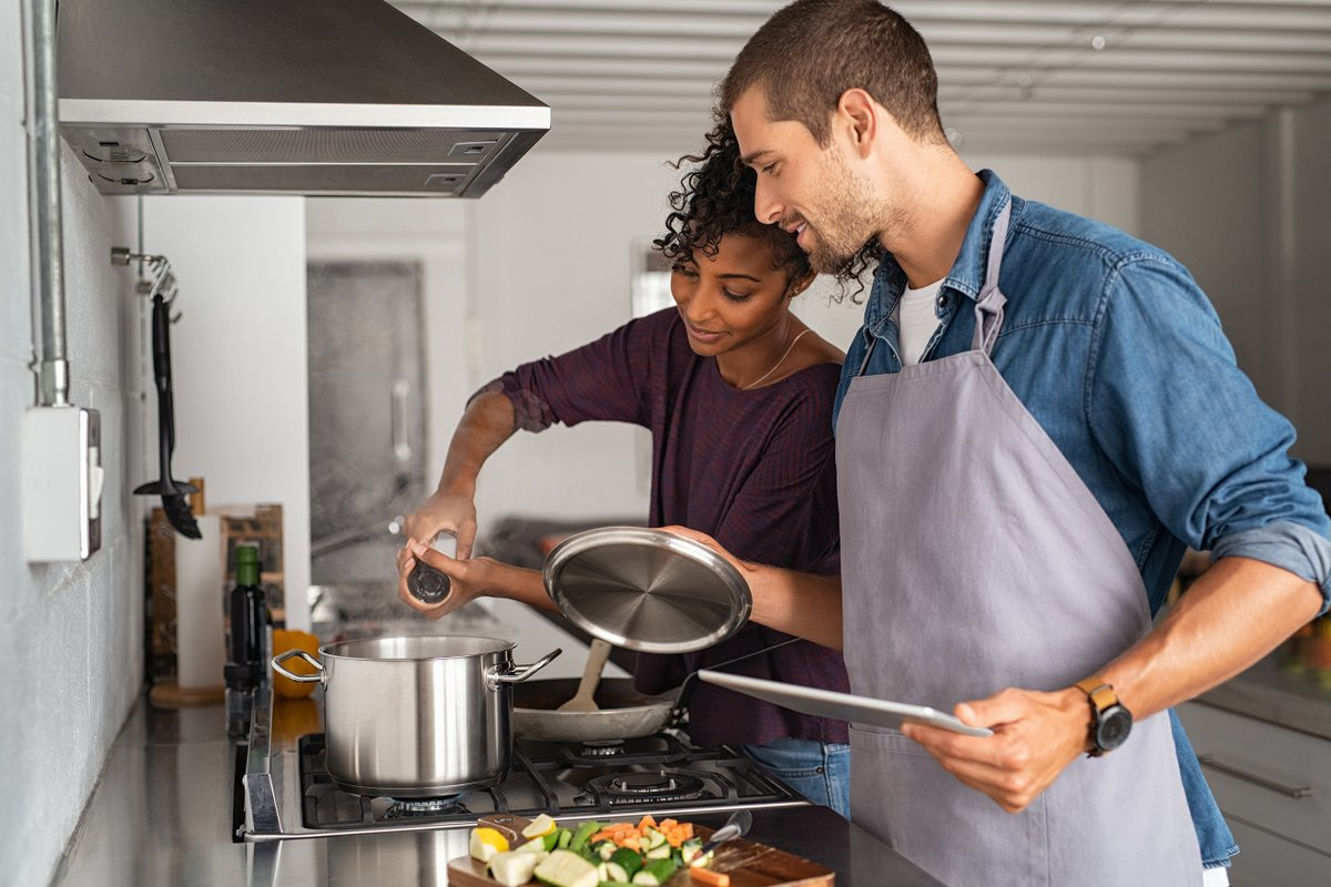 test Twitter Media - When you're cooking, remain in your home and stay alert. Make sure all smoke alarms are working properly prior to cooking. https://t.co/UBnKj1aDsD #SafetyTip https://t.co/zUuhRHVVh8