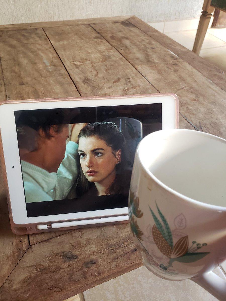 Cafezin + meu filme favorito da vida 😍 #coffeetime #DisneyPlus
